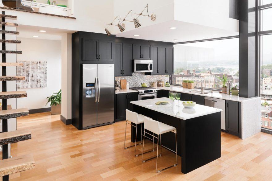 Cabinet Central Kitchen